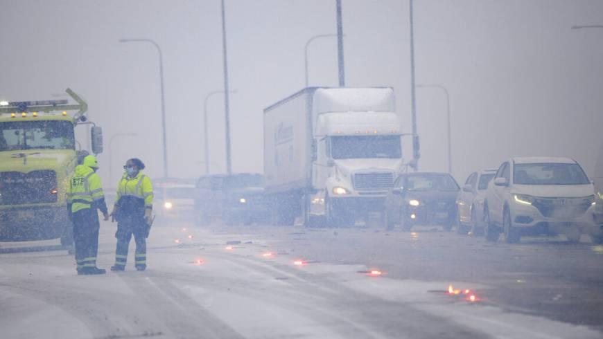 Pileup Along Chicago Expressway Sends 14 to Hospitals