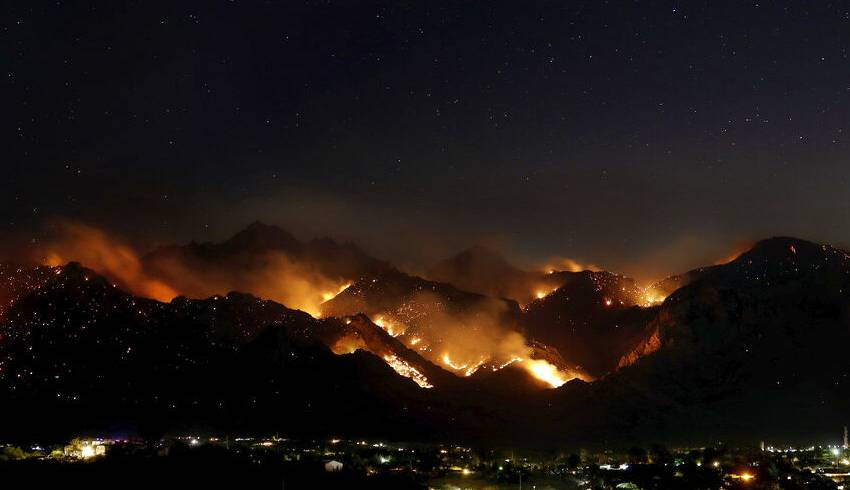 Firefighters Battling Tucson-area Wildfire Say Home Threats Down