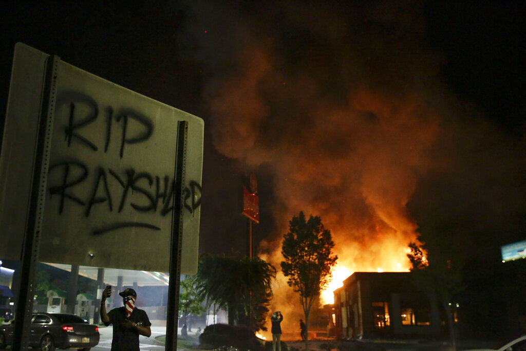 GA Restaurant Burns in Wake of Fatal Police Shooting of Man