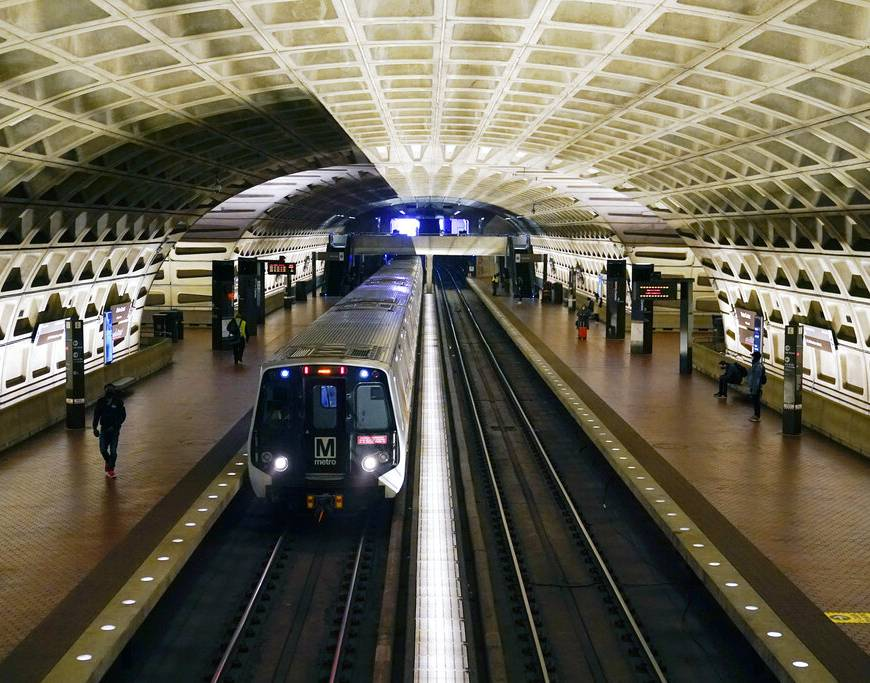 Washington DC Suspends Most of Its Metro Trains Over Safety Issue